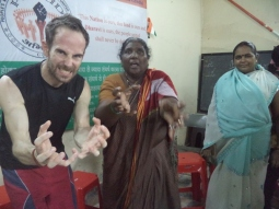self-defence workshop with PROUD in Dharavi - Martial Vout